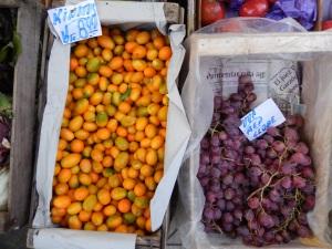Quinotos, en una frutería de Carlos Paz, Córdoba