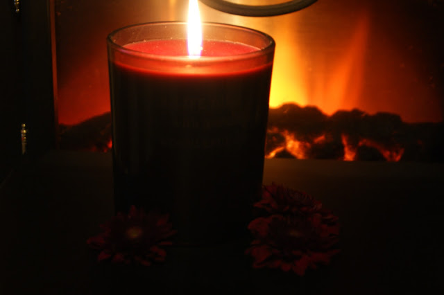 Rituals Sacred Fire Winter Candle Review Photos Scottish Beauty 003