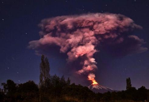 Erupción del Villarrica (Fuente: EFE, Emol.com)