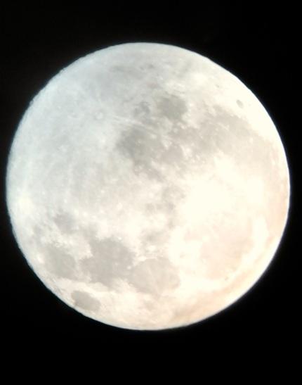 Luna llena del mes de junio, desde San Pedro de Atacama. Chile.
